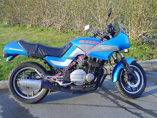 gsx-es-750-blue